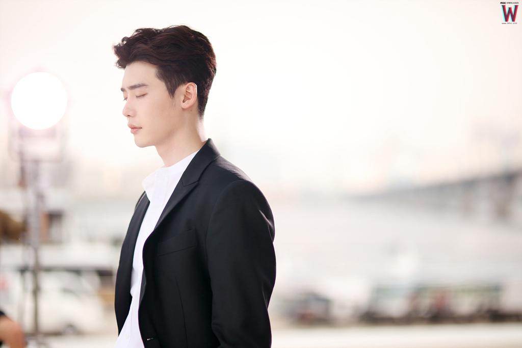 Lee Jong Suk W 4