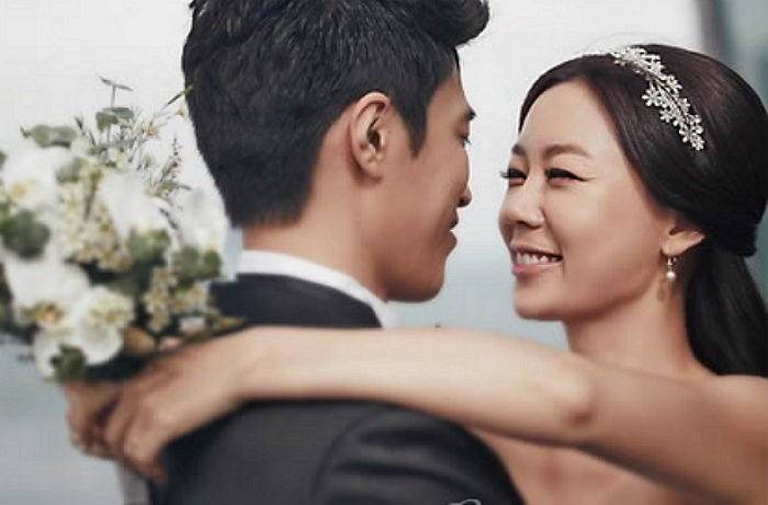 Ahn Sun Young and husband