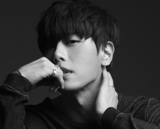 """Park Hyo Shin Sweeps All Major Realtime Charts With """"Sound Of Winter"""""""