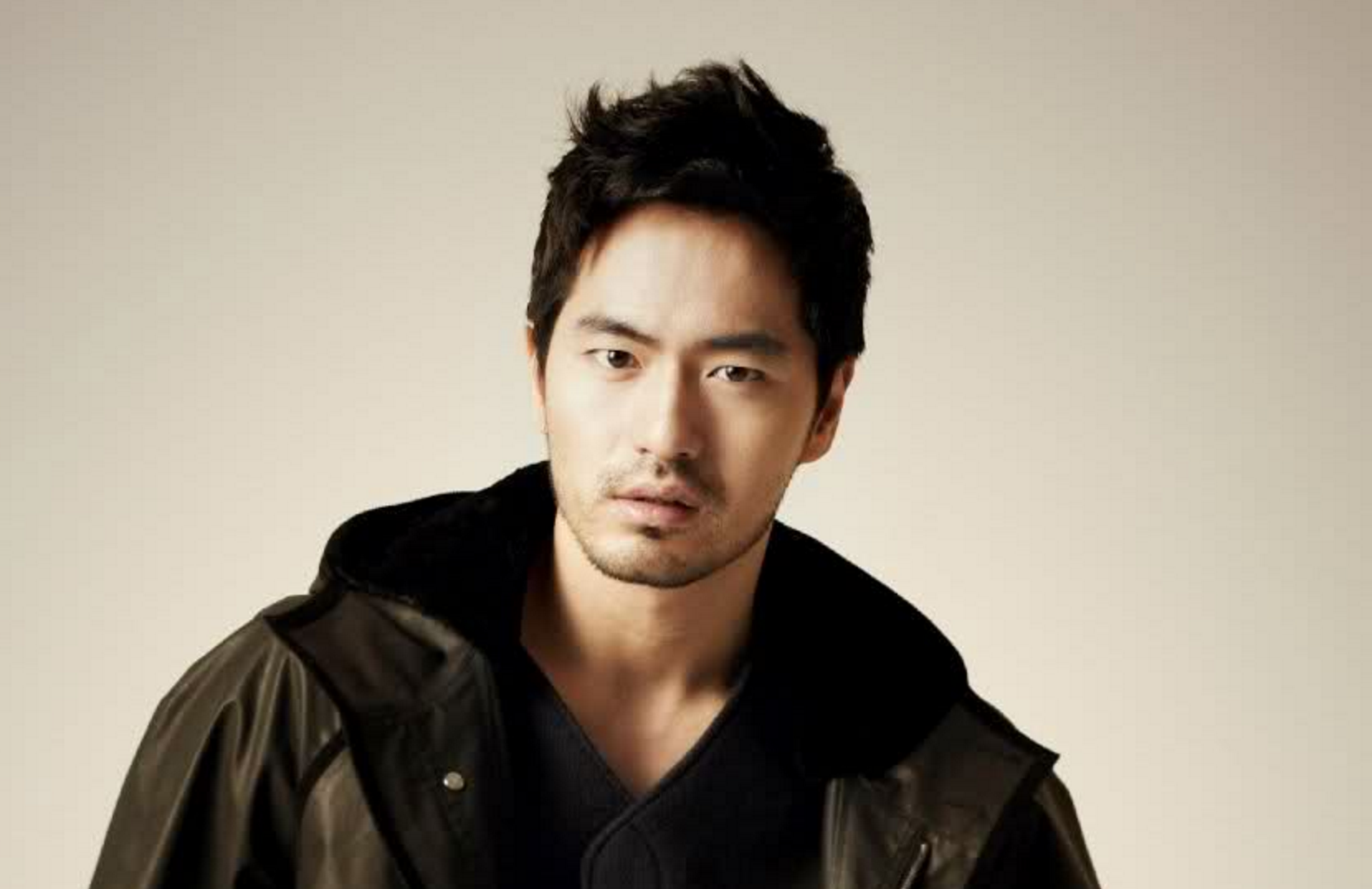 Lee Jin Wook Placed On Travel Ban, Agency Voices Frustrations And Suspicions About Accuser