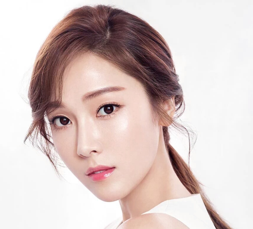 Jessica Answers Questions About Marriage Plans