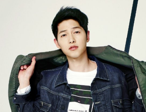 Song Joong Ki Spotted Being Just Like All Of Us At A Grocery Store