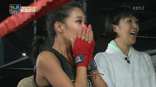 """Jessi Is Moved To Tears By Surprise Visit On """"Sister's Slam Dunk"""""""