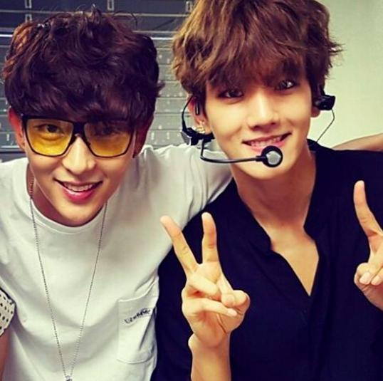 Lee Joon Gi Cheers On Co-Star Baekhyun At EXO Concert