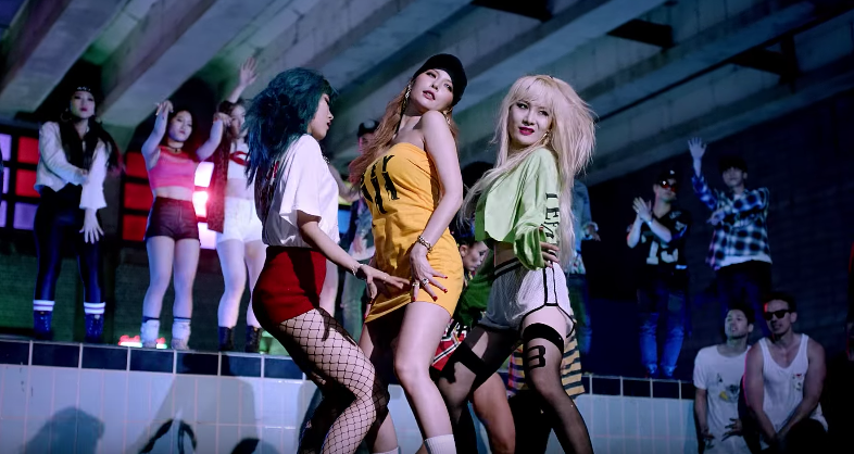 HyunA's New MV Features How Many Professional Dancers?