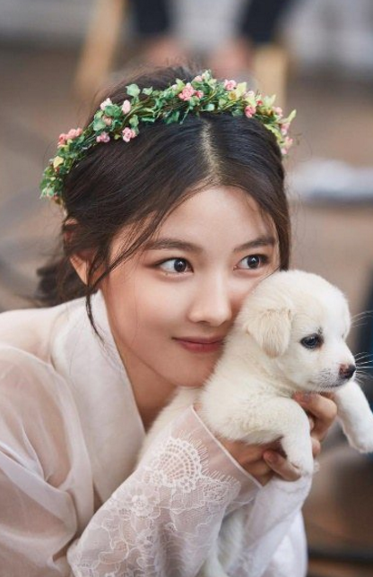Hong jin young love battery nam goong min dating 1