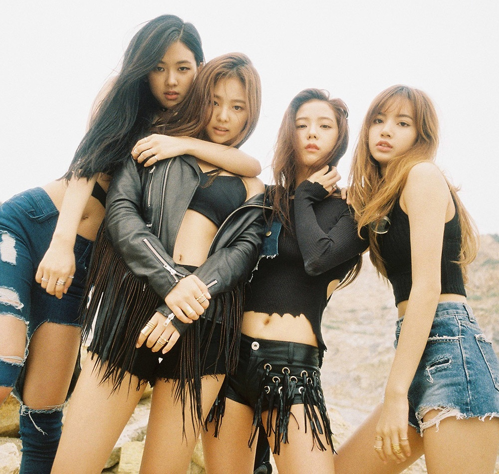 blackpink lisa jisoo jennie rose