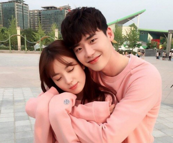"""""""W"""" Reveals Plans For Special Episode"""