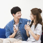 "Kim So Eun And Song Jae Rim Thank ""We Got Married"" For Chemistry In New Drama"