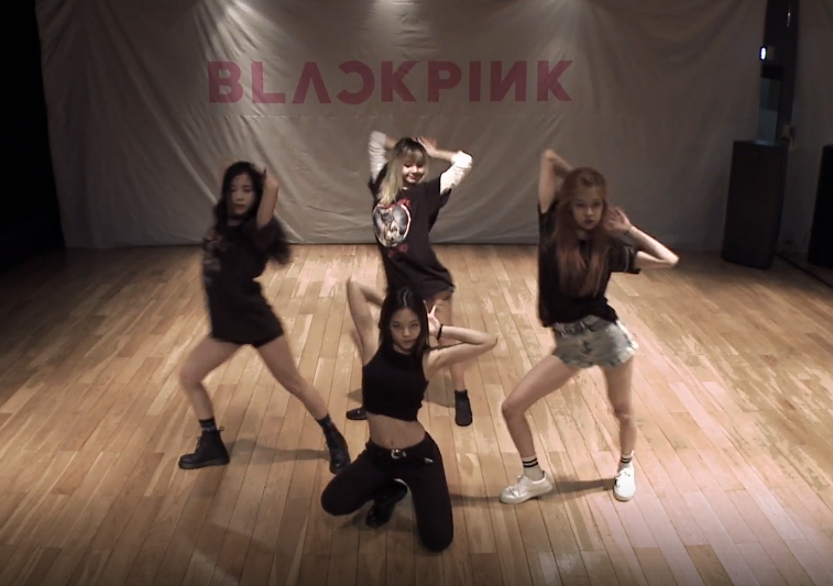 BLACKPINK dance practice