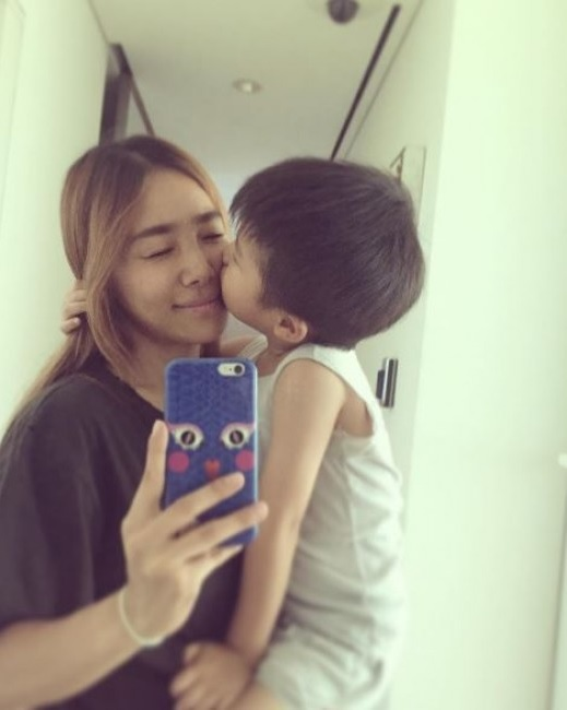 Yang Hyun Suk's Wife Lee Eun Joo Shares A Glimpse Of Daily Life With Their Son