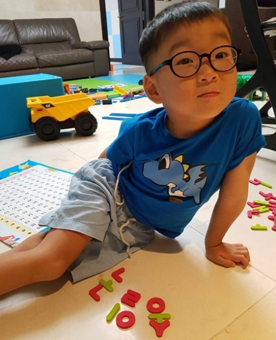 Song Il Gook Gives An Update On Daehan, Who Is Growing Up So Fast