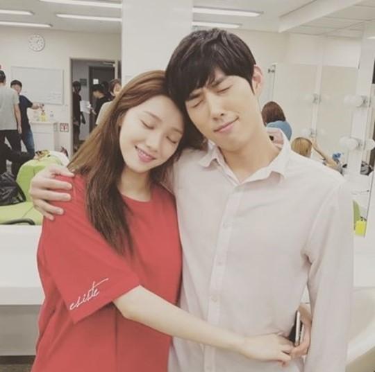 Lee Sung Kyung Baek Sung Hyun