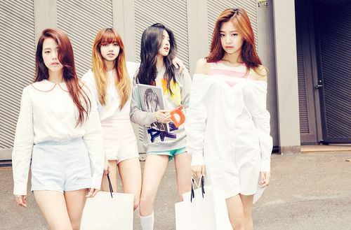 "BLACKPINK Maintains Top Spot With ""Whistle"": Weekly K-Pop Music Chart 2016, September Week 3"