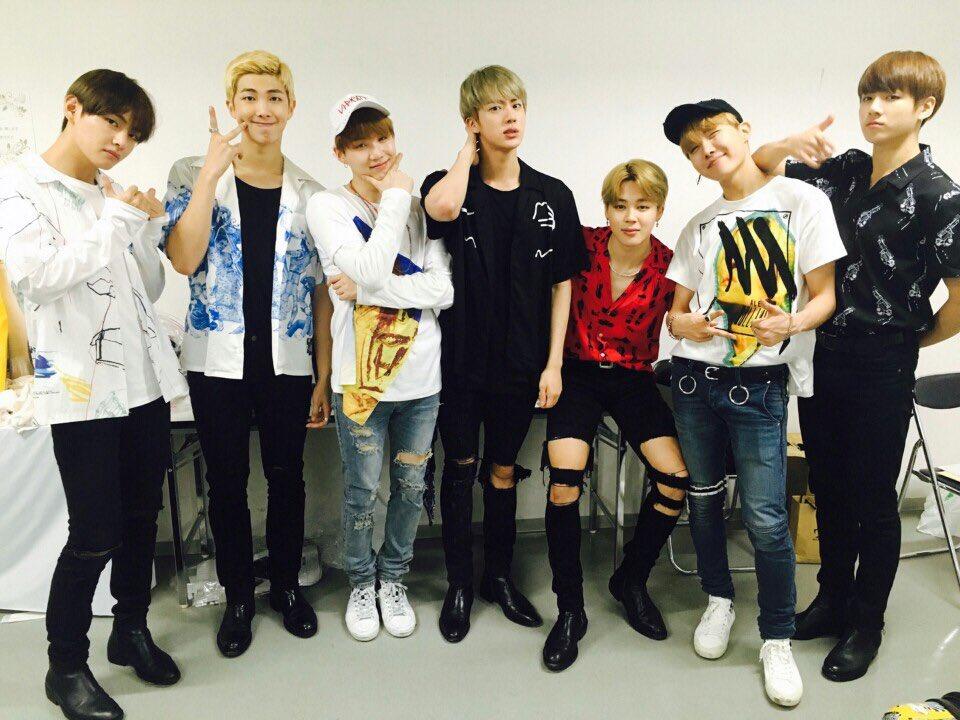 BTS Celebrates Reaching 3 Million Followers On Twitter