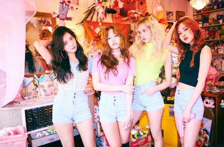 "BLACKPINK Stays On Top Of Weekly Domestic Charts For 3rd Week In A Row With ""Whistle"""