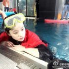 """Han Hyo Joo Shares Photos From """"Tough But Fun"""" Underwater Filming For """"W"""""""