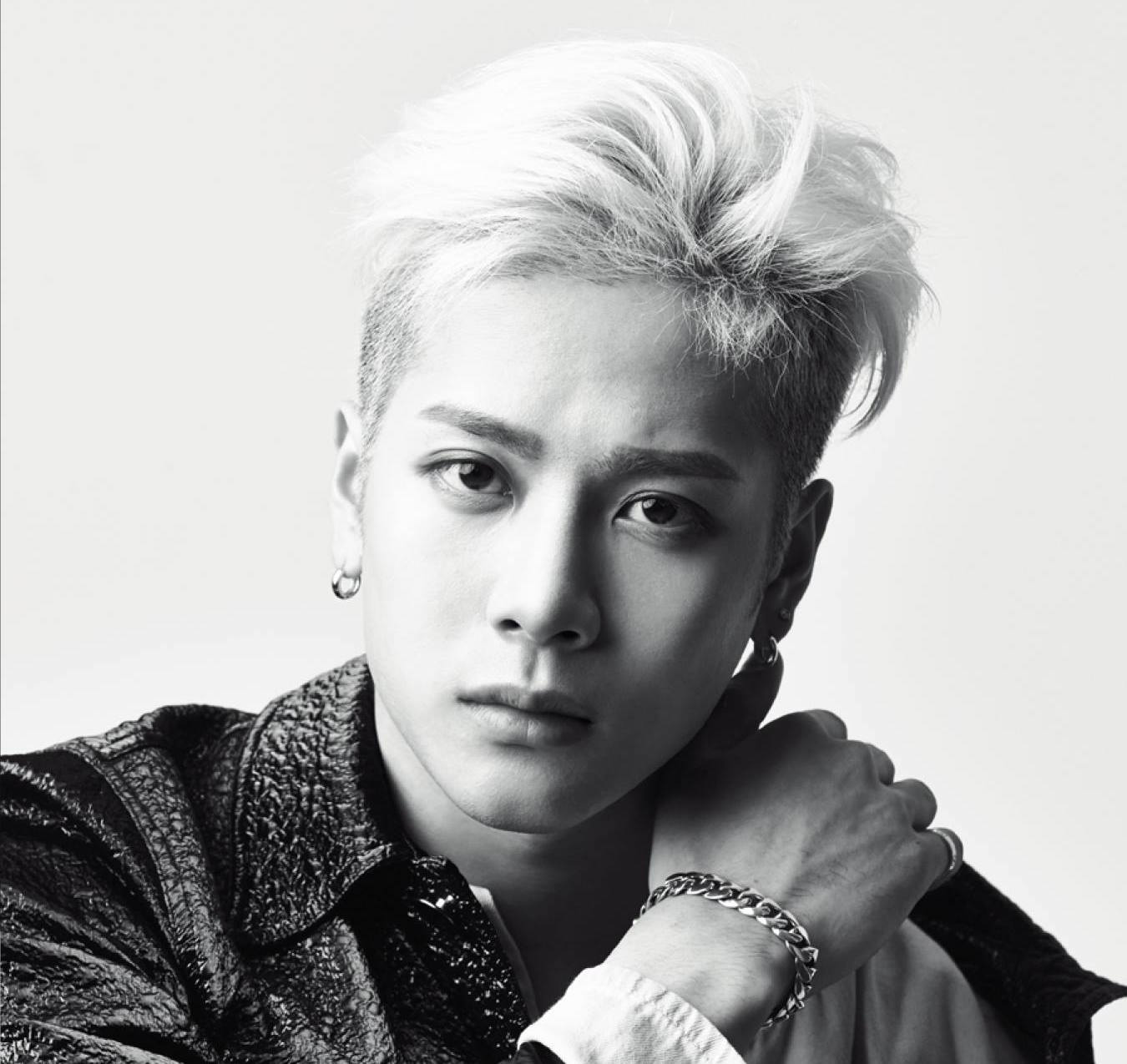GOT7's Jackson Involved In Car Accident Due To People Following Him