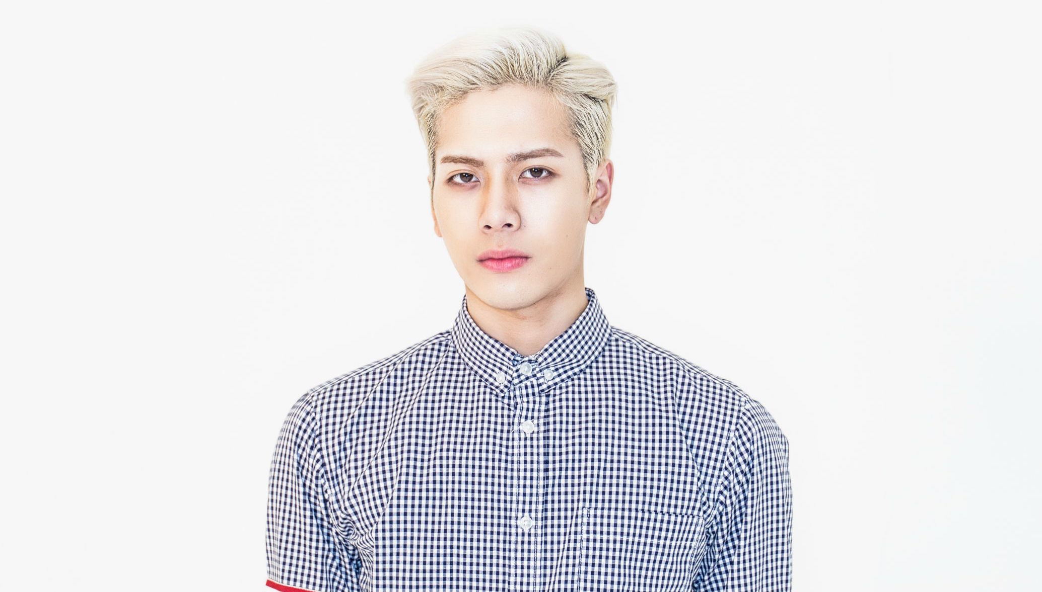 JYP Entertainment Says Jackson's Injury From Car Accident Is Not Serious