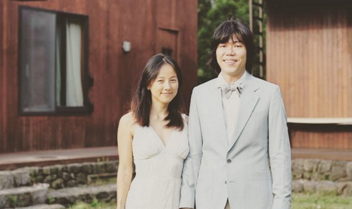 Lee Hyori And Lee Sang Soon Celebrate Their 3-Year Wedding Anniversary