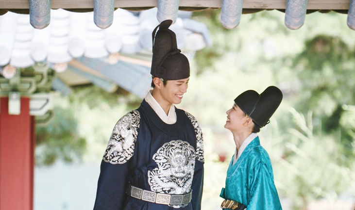 """""""Moonlight Drawn By Clouds"""" Takes 1st Place For Most Influential Drama"""