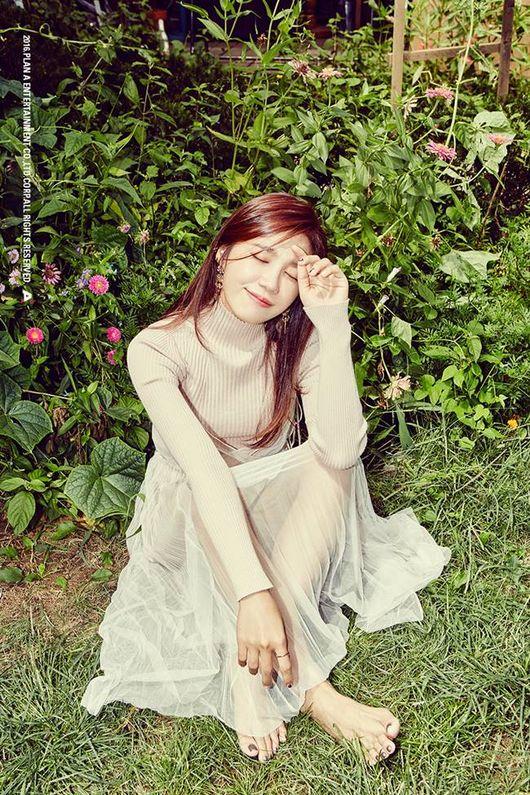 Jung Eun Ji 1