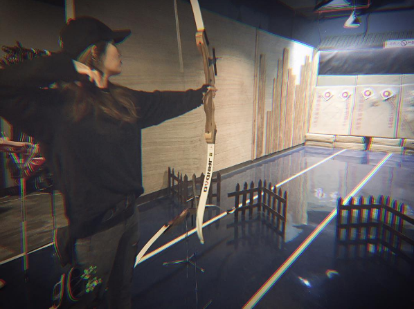 Jia Transforms Into A Female Robin Hood And Exhibits Amazing Archery Skills