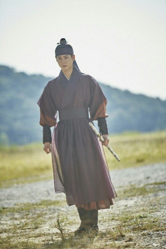 moonlight drawn by clouds park bo gum hanbok 9