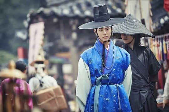moonlight drawn by clouds park bo gum hanbok 8