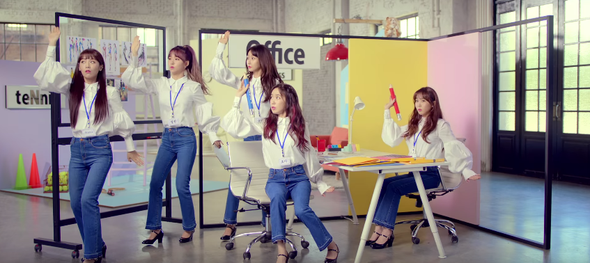 """Crayon Pop Teases Another Addictive Track With """"DooDoomChit"""" MV Preview"""