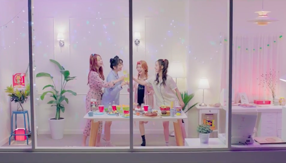 "Watch: Dal Shabet Parties On The Weekend In New ""FRI.SAT.SUN"" MV Teaser"