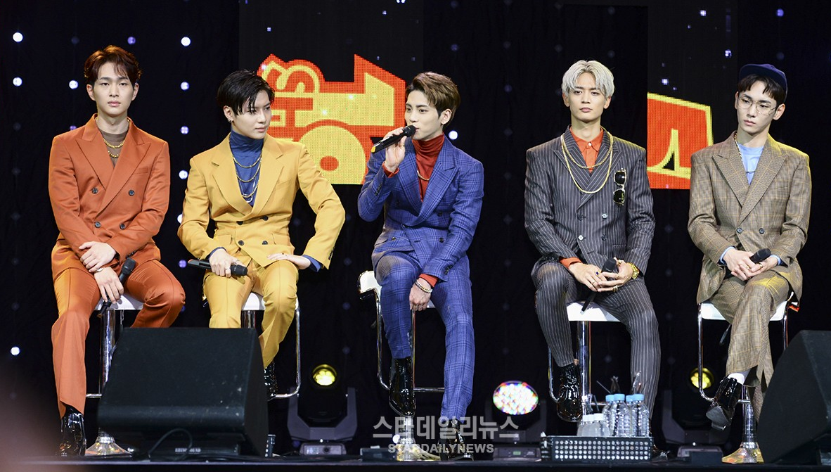 """SHINee Talks About Comeback Choreography And Names Their """"1 Of 1"""""""