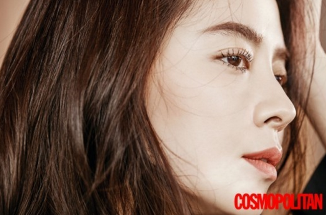 Song Ji Hyo Explains Why She Doesn't Use Social Media For Cosmopolitan