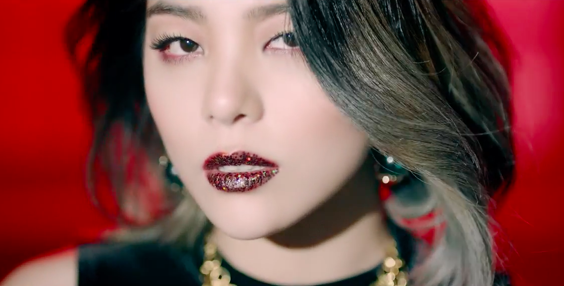 """Watch: Ailee Returns With Mesmerizing MV For """"Home,"""" Featuring Yoon Mi Rae"""