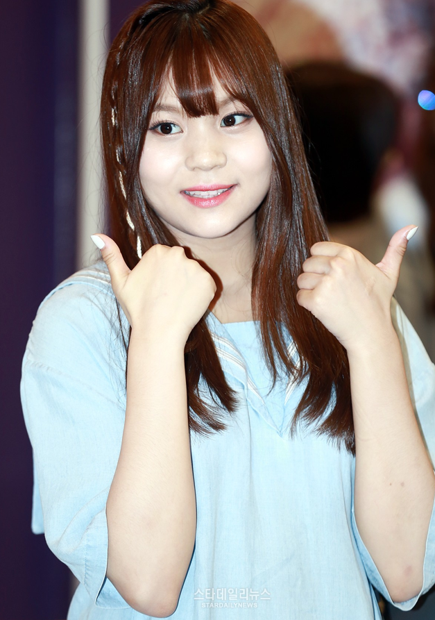GFRIEND's Umji To Temporarily Halt Activities Due To Health Issue