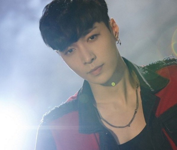 EXO Member Lay's Solo Track Title And First Stage Revealed