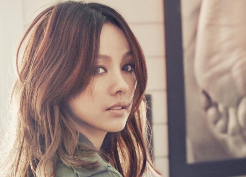 Lee Hyori Returns To Social Media Ahead Of Upcoming Comeback