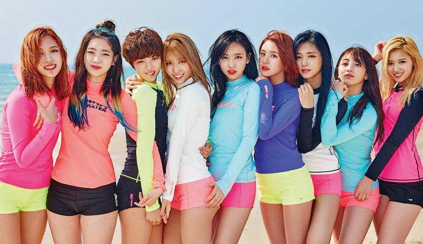 """TWICE Is Confirmed As Upcoming Host For """"SNL Korea"""" Season 8"""