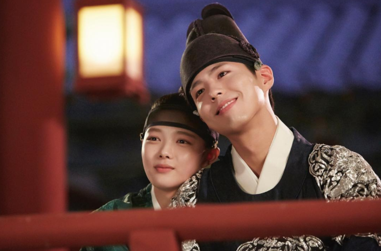 Park Bo Gum Dishes On How He And Kim Yoo Jung Got So Close So Quickly