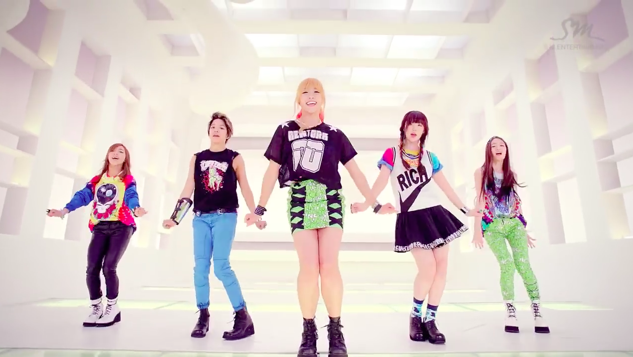 "f(x)'s ""Electric Shock"" MV Hits 100 Million Views 