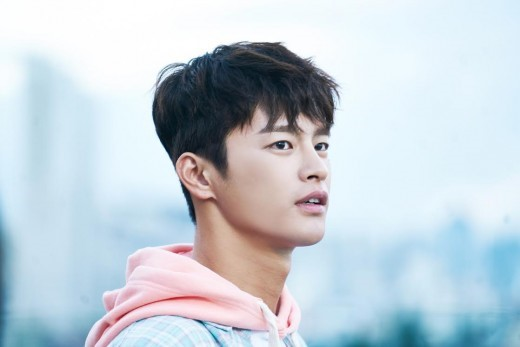 Seo In Guk Reveals Thoughts On Quot Shopping King Louie