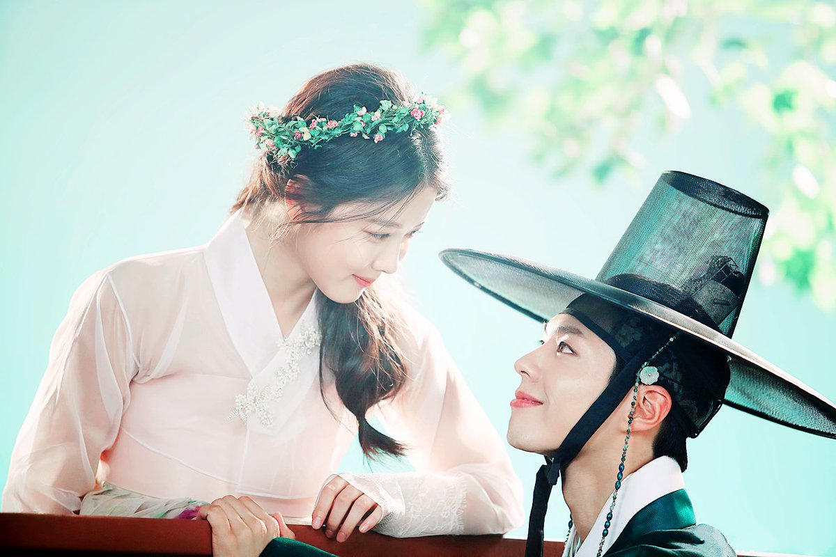 Kim Yoo Jung's Mother And Sister Were Worried That She Actually Liked Park Bo Gum?