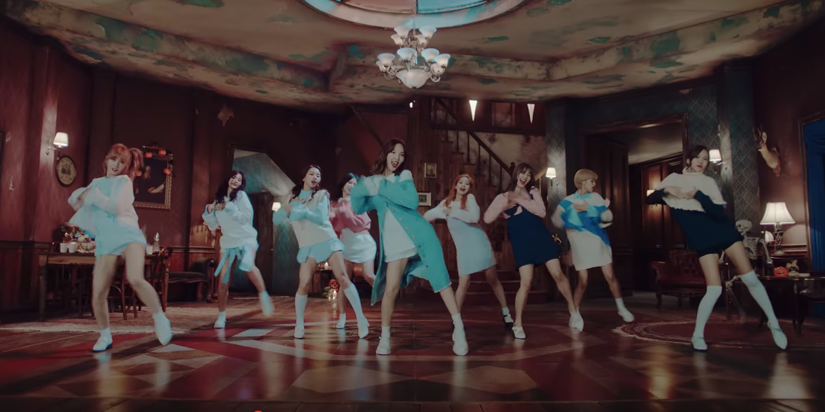 "TWICE's ""TT"" MV Achieves Another Milestone With 50 Million Views On YouTube"