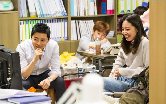 Jo Jung Suk And Gong Hyo Jin Share Similar Work Ethic As Well As Chemistry