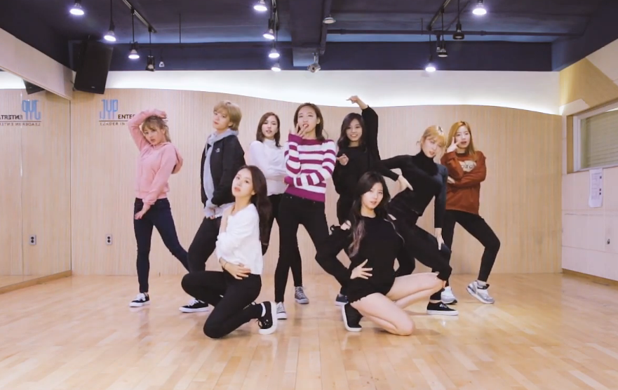 "TWICE Releases Adorable Practice Video For ""TT"""