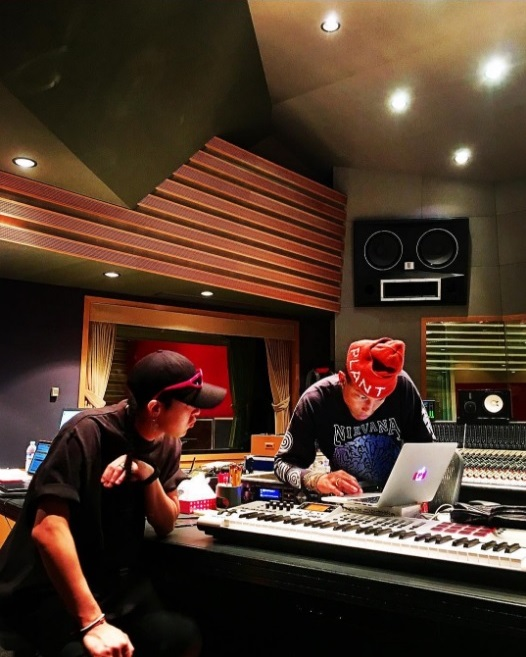 BIGBANG's G-Dragon Shares Photos With Pharrell Williams In The Studio