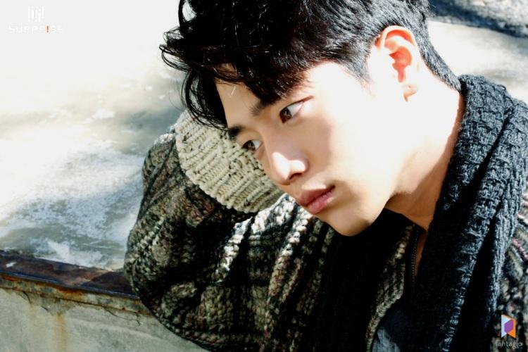Seo Kang Joon Is A Dreamy Boy-Next-Door For Elle