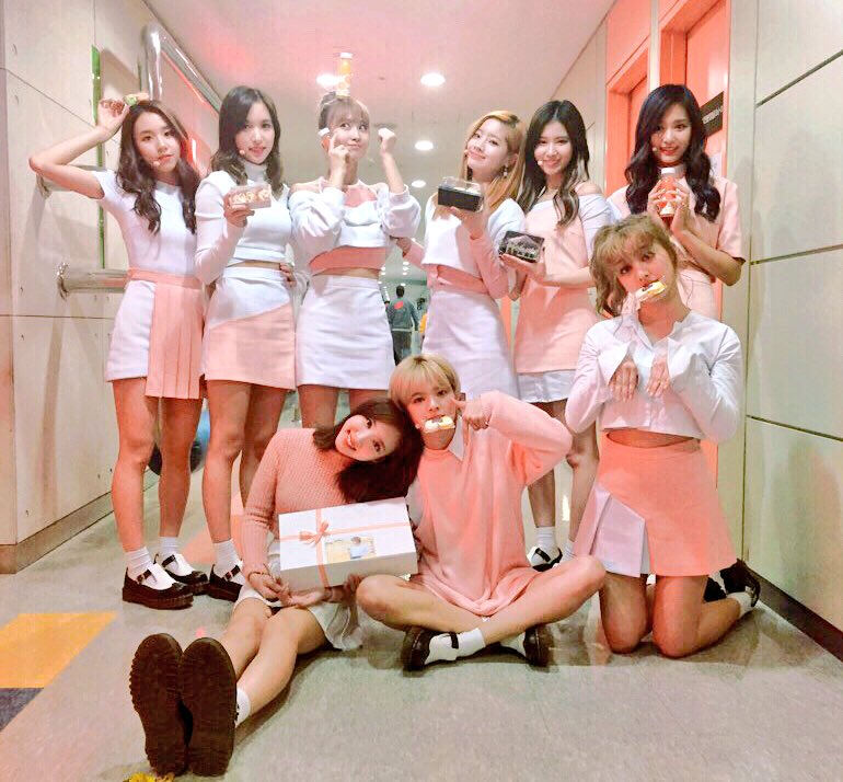 """Watch: TWICE Takes 3rd Win For """"TT"""" On """"M!Countdown"""" + Performances By EXO-CBX, BTS, BASTARZ, And More"""