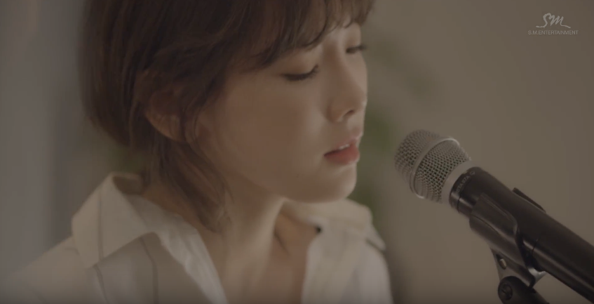 """Watch: Taeyeon Melts Hearts With Beautiful Live Acoustic Rendition Of """"11:11"""""""