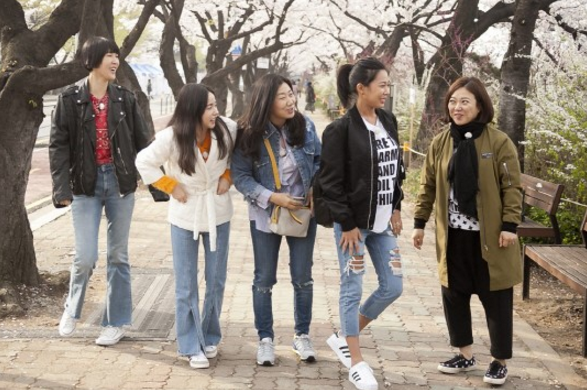 """Sisters' Slam Dunk"" To Return For A Second Season"